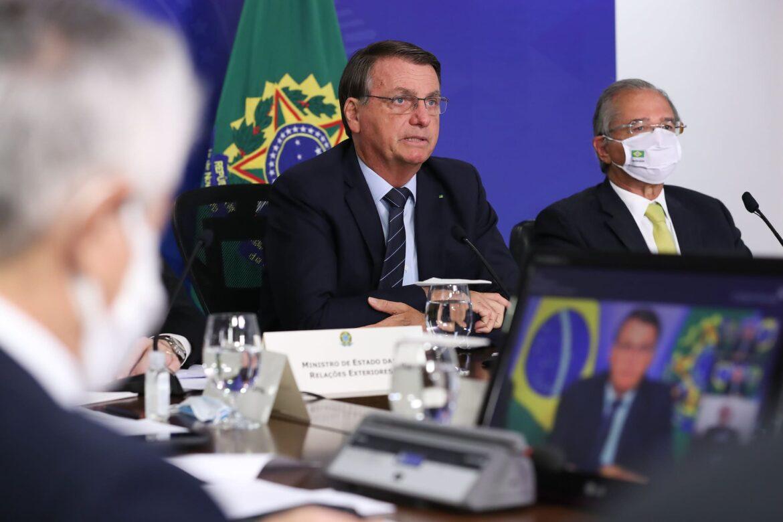 Popularidade de Bolsonaro segue em queda, segundo pesquisa XP Investimentos