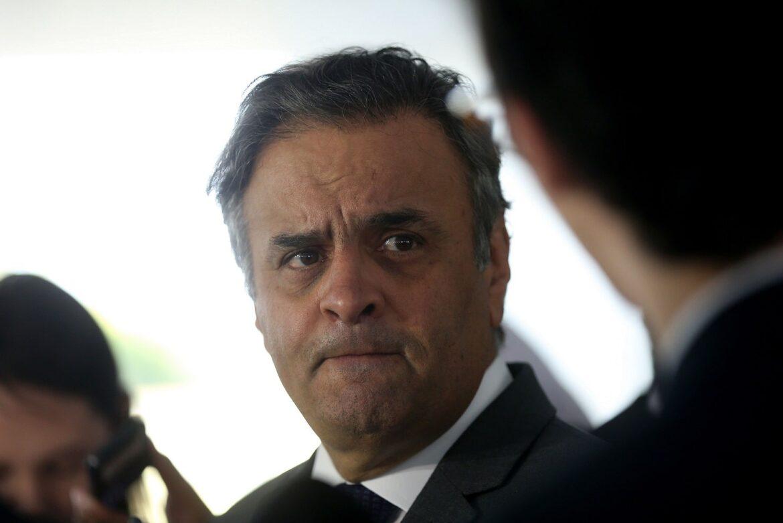 """Aécio cita """"Bolsodoria"""" e dispara contra Doria: """"oportunista"""""""