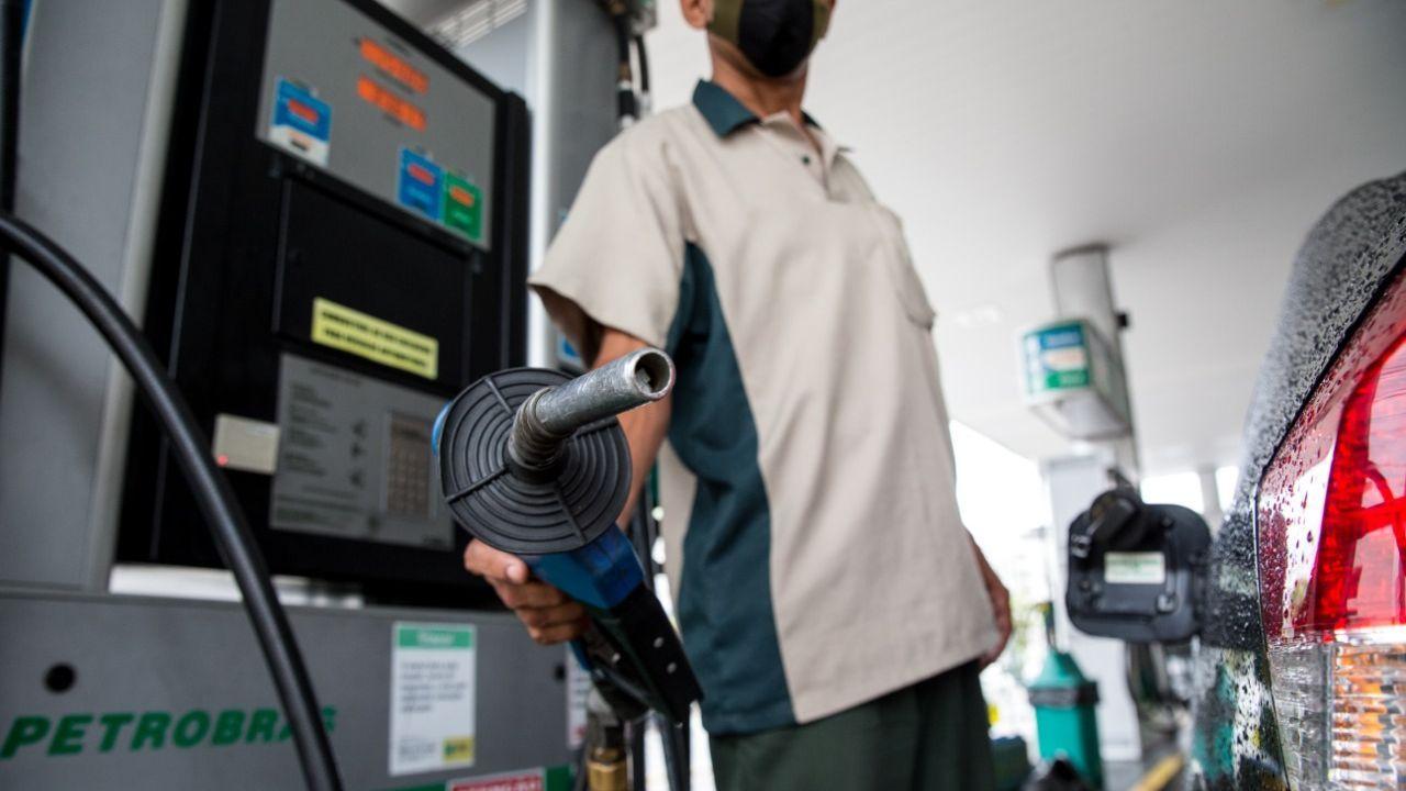 Gasolina sofre novo aumento