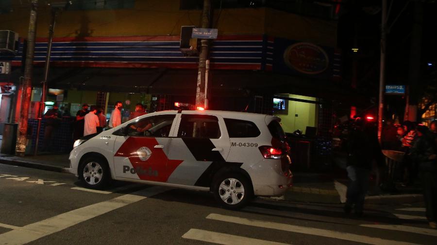 Toque de recolher em SP: estado autua 46; na capital, festa com 190 idosos