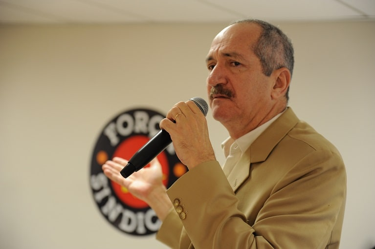 Aldo Rebelo diz que deputado preso perdeu prerrogativa ao renunciar ao decoro