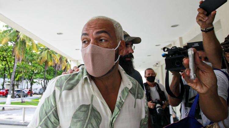 Cantor Belo é preso no Rio após realizar show em plena pandemia; veja vídeo