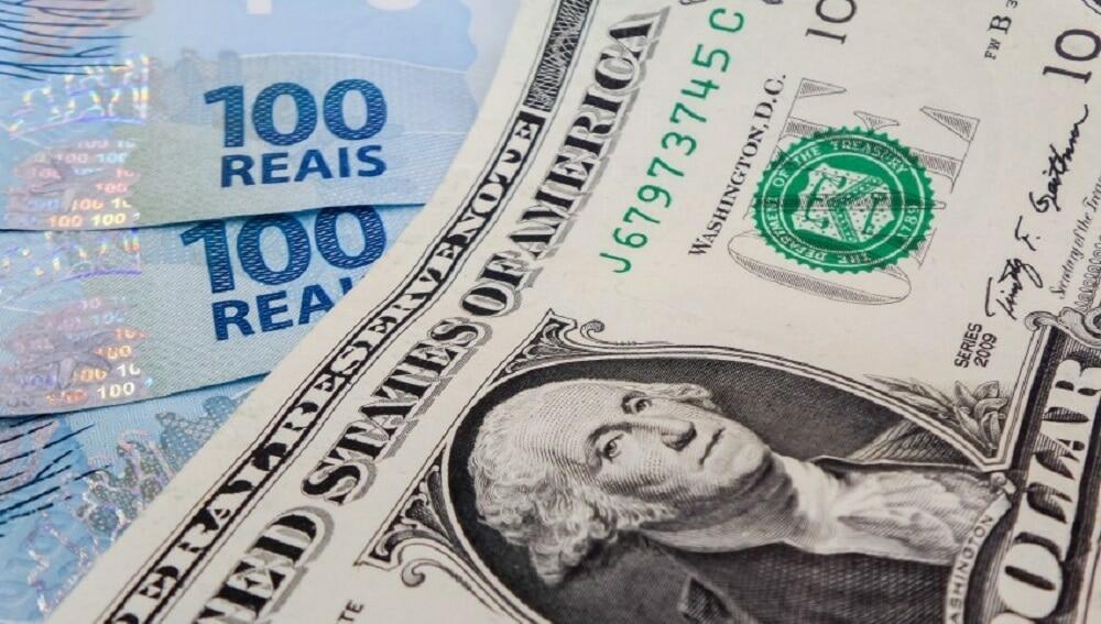 Após assolar Argentina, contas em dólar podem virar realidade no Brasil