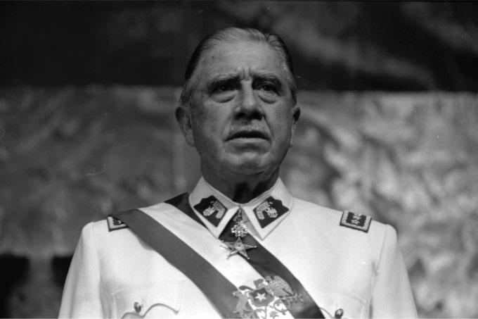Brasil deu dinheiro, comida, armas e diplomatas para Pinochet durante a ditadura chilena
