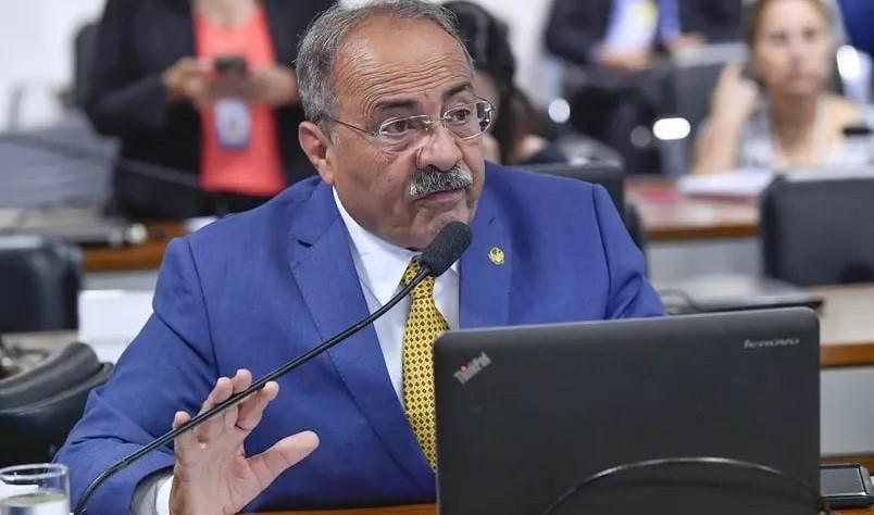 Senador do DEM flagrado pela PF com dinheiro na cueca pode voltar ao cargo amanhã