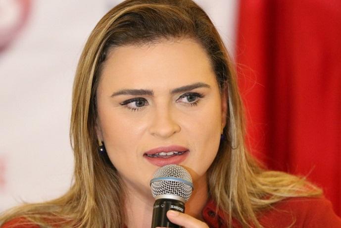 Marília Arraes pode trocar PT pelo PDT para evitar expulsão, diz jornalista