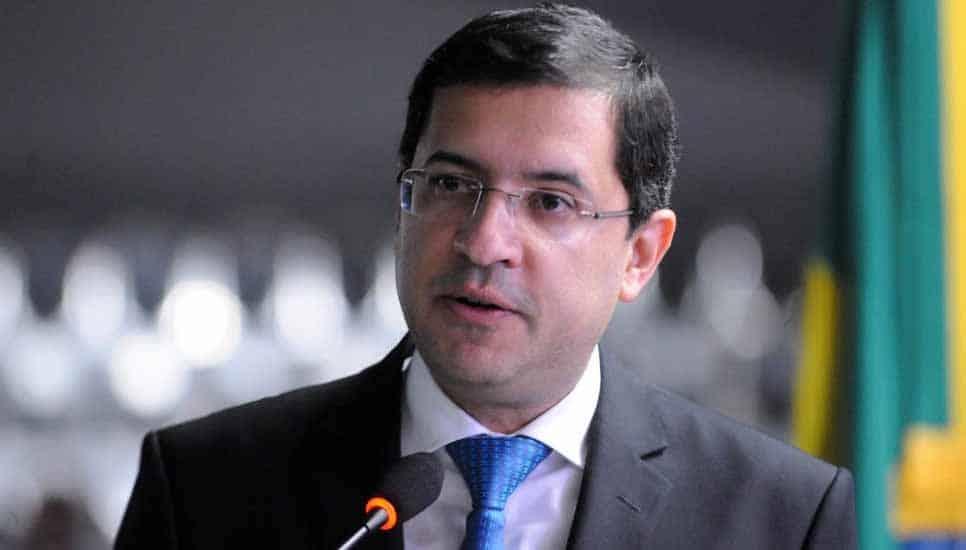 Advogado-Geral da União (AGU) pede exoneração do cargo