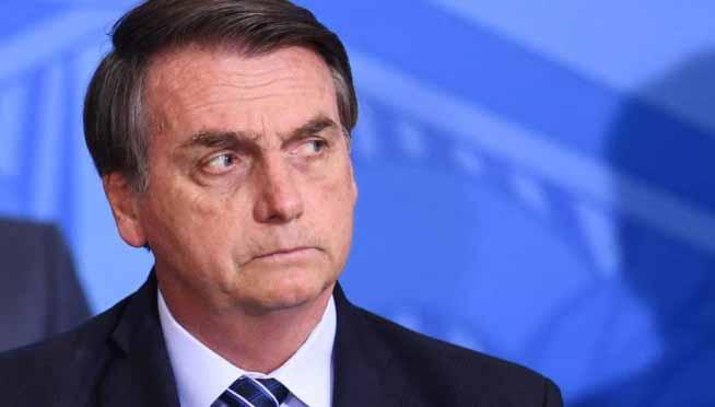 Demissão de comandantes das Forças Armadas foi ordem de Bolsonaro, afirma jornalista