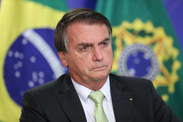 """""""Lockdown no NE vai me foder e perco a eleição"""", diz Bolsonaro à médica"""
