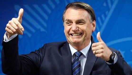 Congresso permite perdão de R$ 1,4 bi a igrejas com aval de Bolsonaro