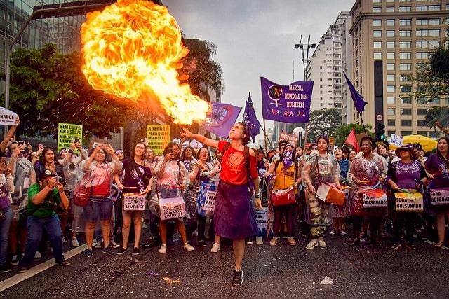 8M: Mulheres, Feminismo e Neoliberalismo