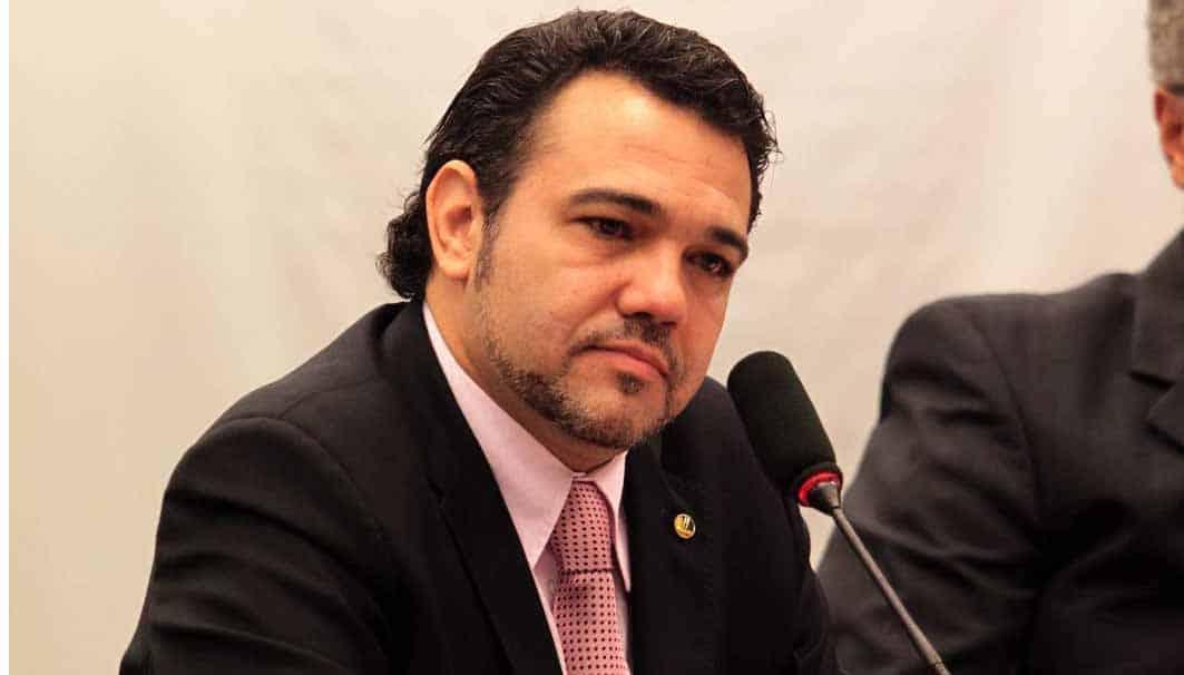 Marco Feliciano compara CPI da Covid à câmara de gás nazista