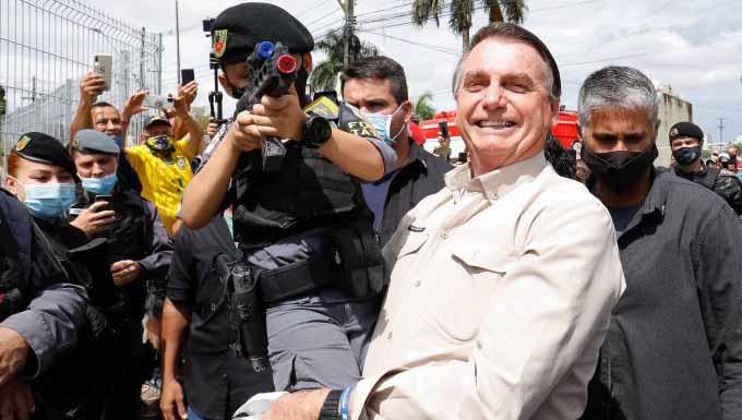 Bolsonaro ameaça: 'Hora do Brasil dar um novo grito de independência'