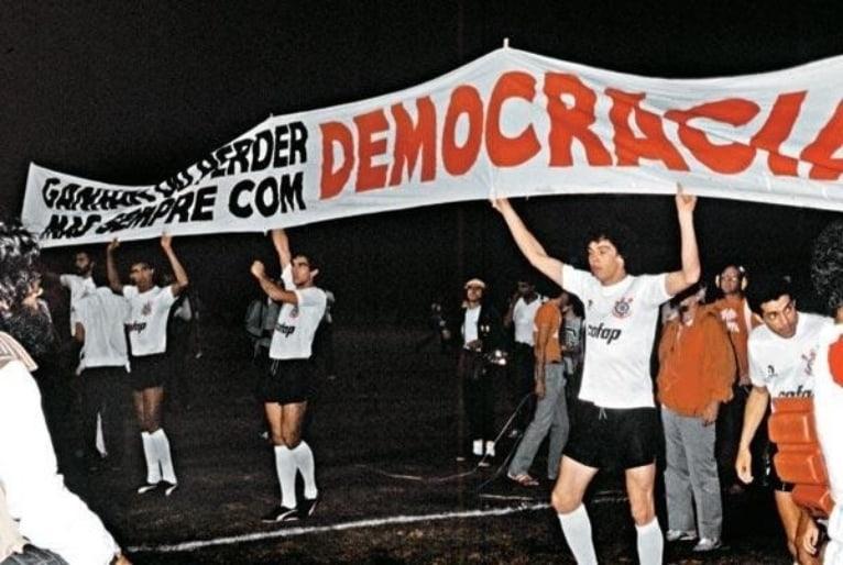Opinião: Omissão de times brasileiros à ditadura mostra o que aprender com a Argentina