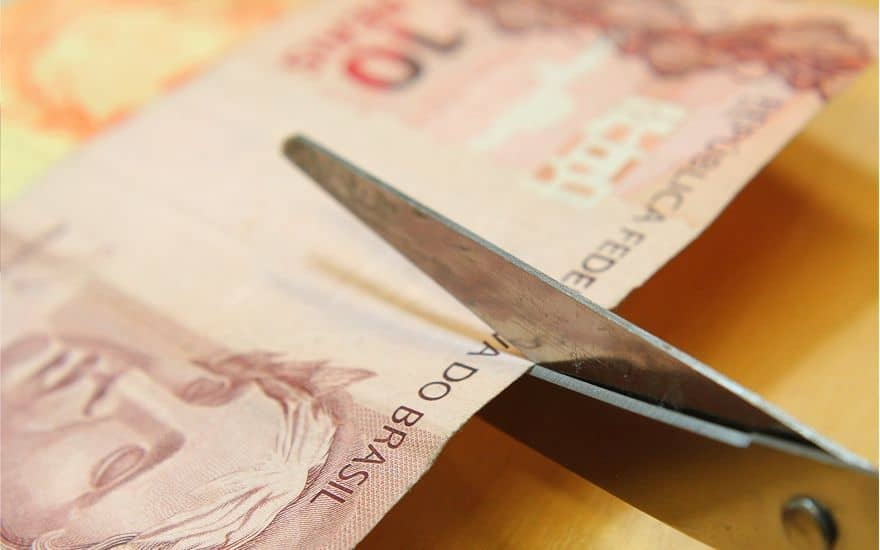 Com real desvalorizado, Brasil vira Paraguai do Paraguai