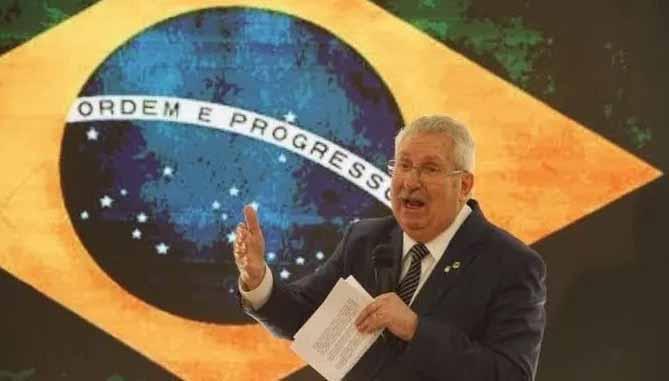 Antonio Neto: Porquê Ciro e não Bolsonaro ou Lula