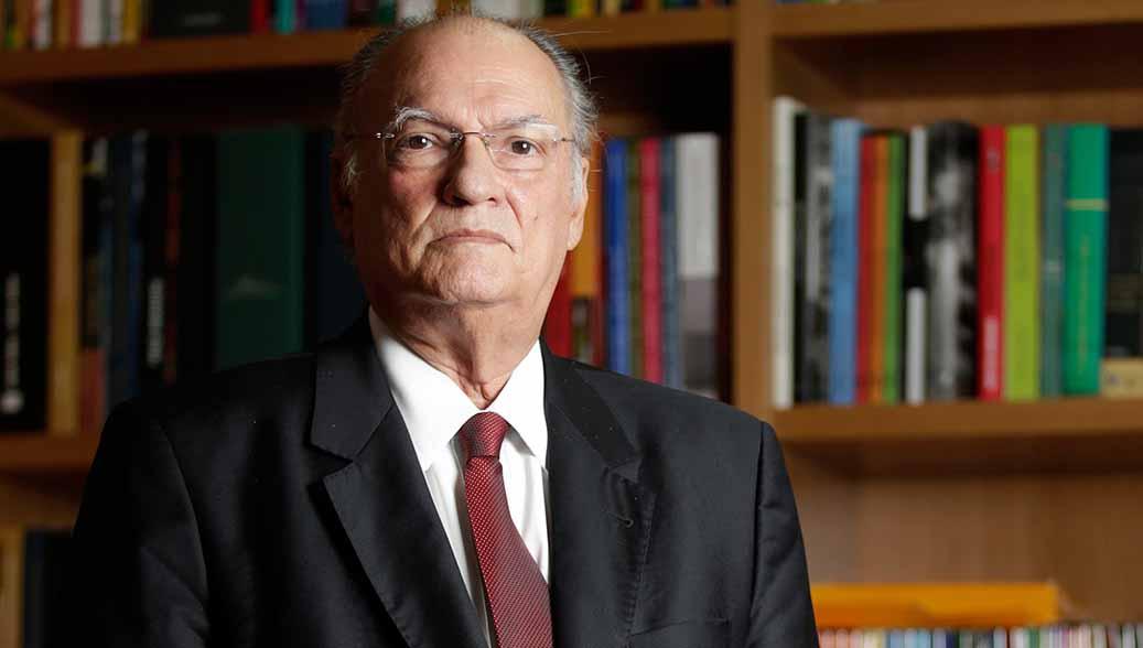 Roberto Freire envia carta aberta à OAB: 'cumpra seu papel histórico' e promova impeachment