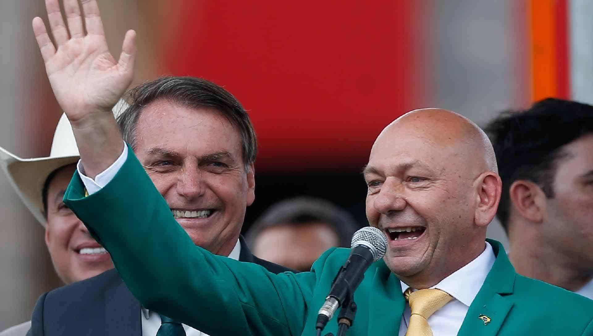 'Véio da Havan' é excluído por Bolsonaro de 'jantar com o PIB'