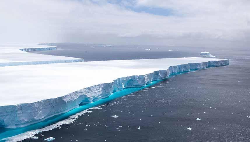 Maior iceberg do mundo se desprende: 3 vezes o tamanho da cidade de SP