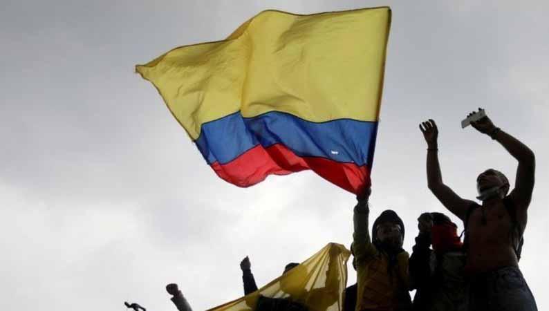 Protestos contra o governo na Colômbia têm pelo menos 19 mortos