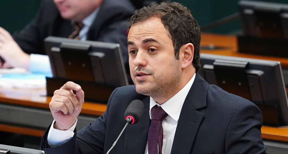 Ala do PSOL lança manifesto por pré-candidatura de Glauber Braga para 2022