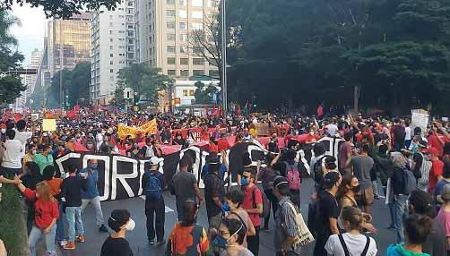 """Ricardo Kotscho: """"Com exceção da Folha, grande mídia esconde protestos"""""""