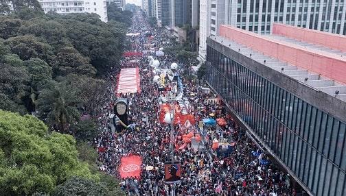 Desaprovação de Bolsonaro bate recorde