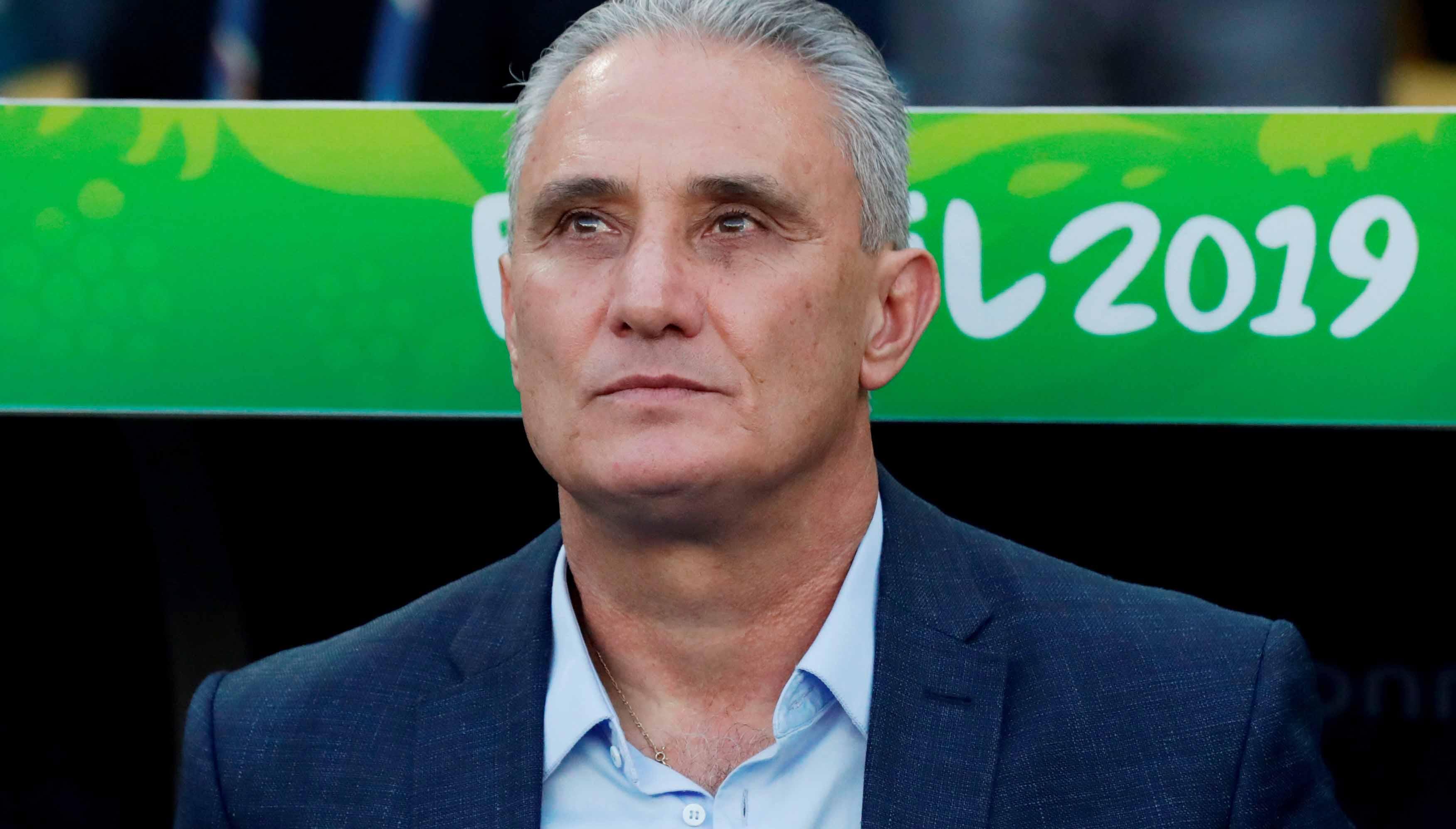 """Tite também assina manifesto: """"Somos contra a Copa América"""""""