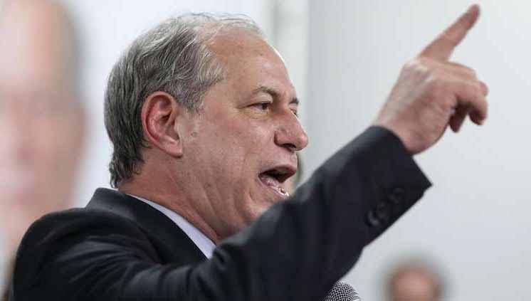 """Vídeo: Ciro Gomes chama Bolsonaro de """"a própria traição encarnada"""""""