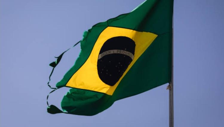 Opinião: 'O Brasil está desabando'