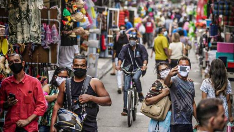Em 2022, Brasil deve manter crescimento desigual e desemprego elevado