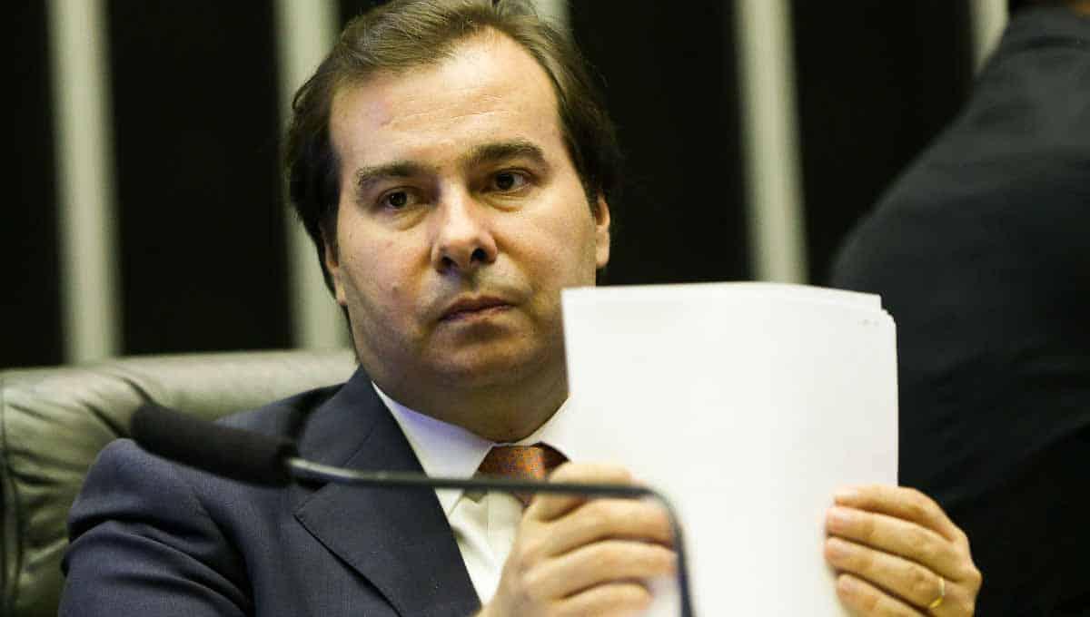 DEM expulsa Rodrigo Maia, que deve ir para o PSD