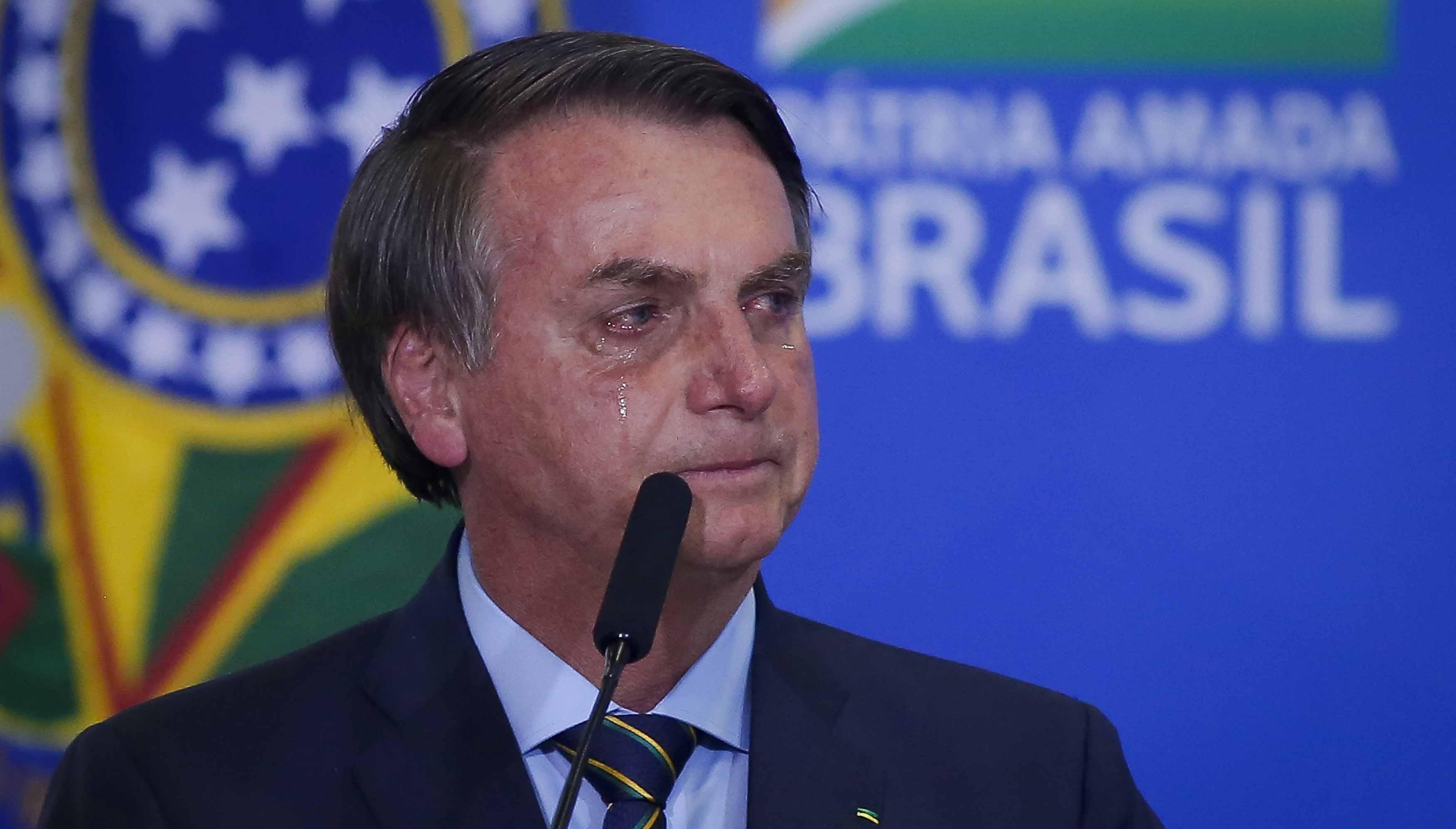 Pesquisa: Popularidade de Bolsonaro despenca entre evangélicos