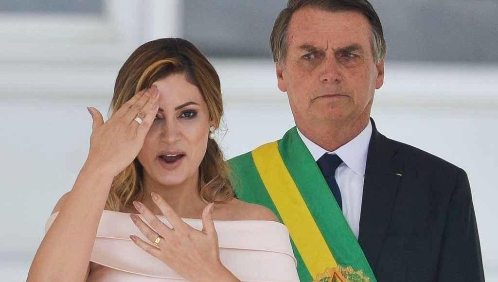 PF aponta que Michelle Bolsonaro acessou perfis fakes e golpistas