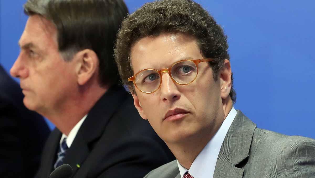 Ricardo Salles pede demissão