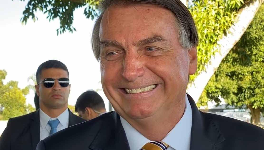 Bolsonaro sanciona MP da Eletrobras