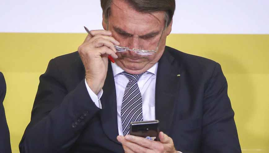 6 de cada 10 brasileiros rejeitam Bolsonaro