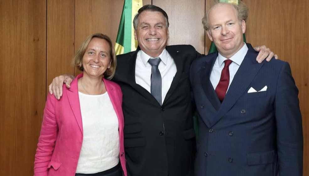Bolsonaro se encontra com neta de ministro de Hitler