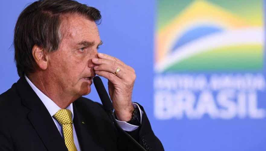 Maioria dos brasileiros quer impeachment de Bolsonaro