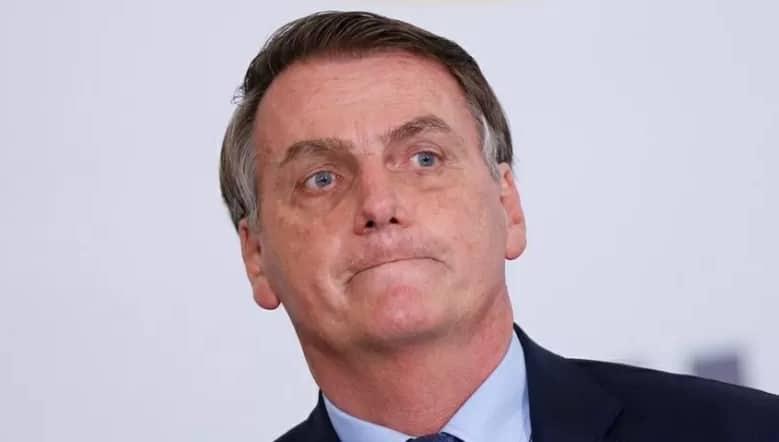 Bolsonaro pede impeachment de Moraes
