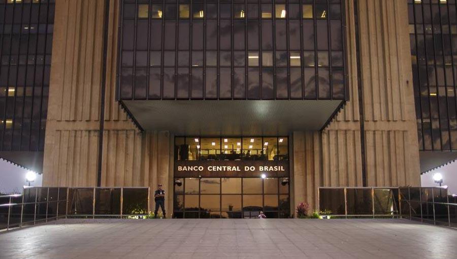 STF valida lei de autonomia do Banco Central