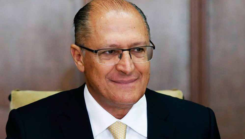 Lupi convida Alckmin para o PDT