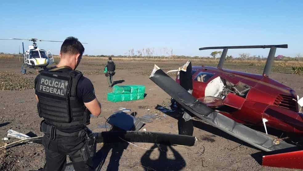 Helicóptero cai em fazenda no Mato Grosso