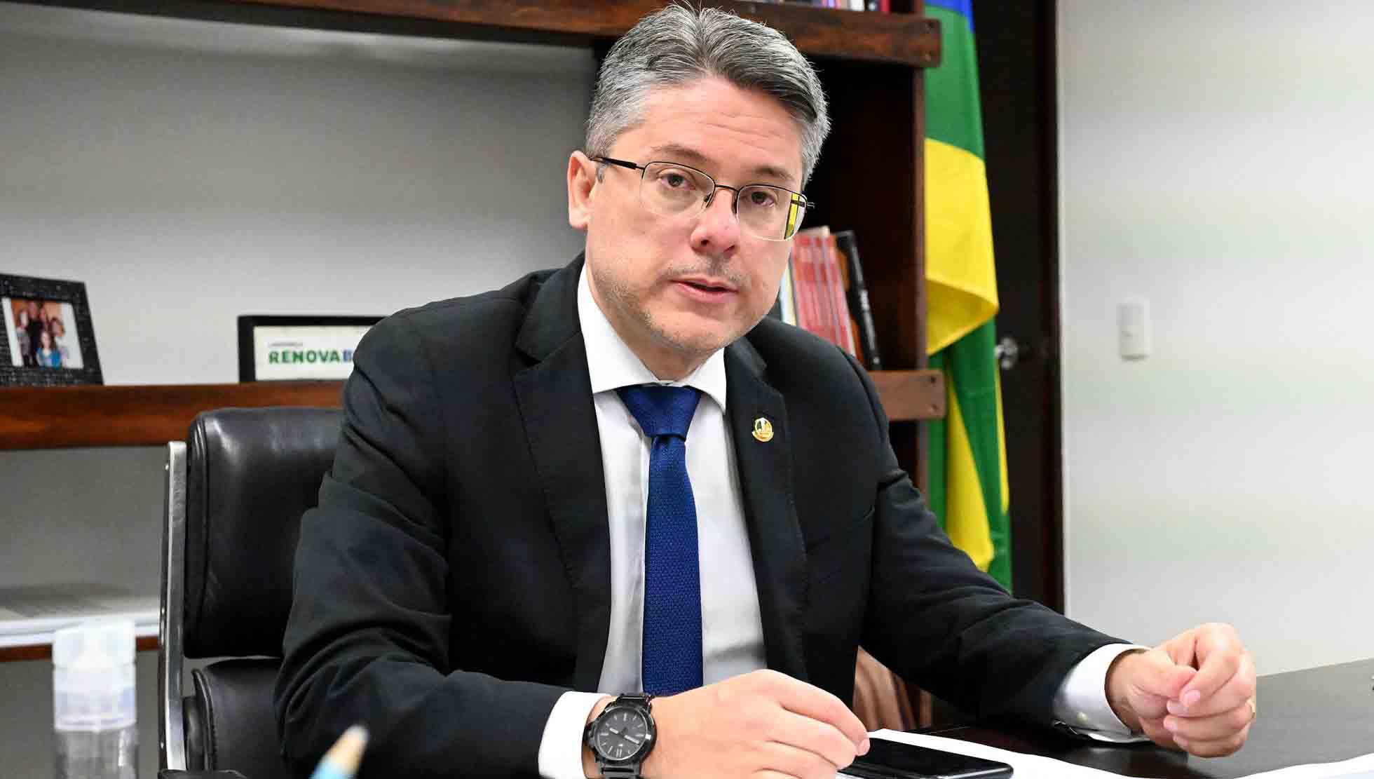 Convocar Braga Netto à CPI