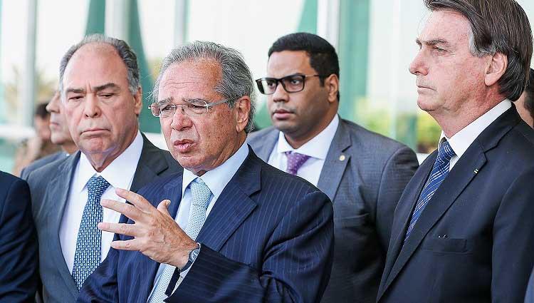 Reforma Administrativa prevê contratação temporária por 10 anos