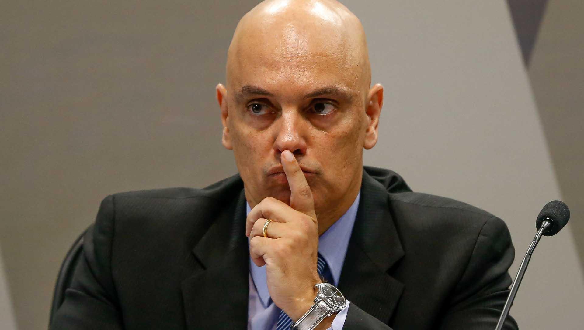 Moraes ouve ameaças de bolsonarista