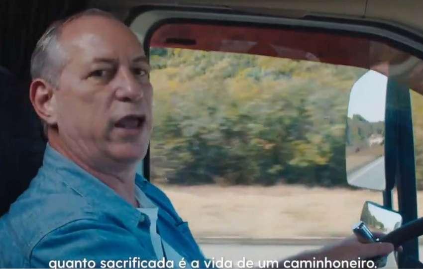 Ciro Gomes fala à caminhoneiros