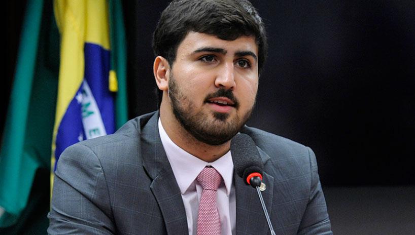 Deputado critica Reforma Administrativa