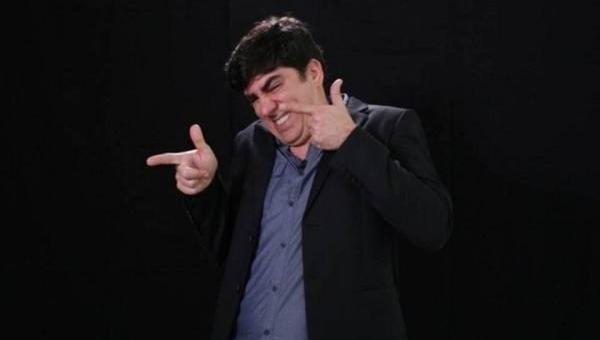 Adnet imita Bolsonaro