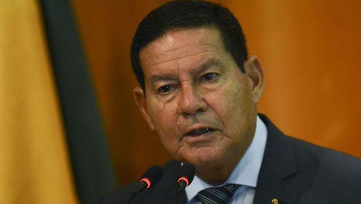 Mourão admite racionamento no país
